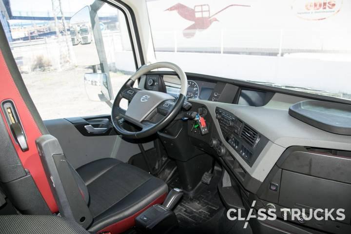 Volvo FH13 500 4x2 XL Euro 6 RETARDER - 2017 - image 14