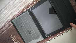 Vodacom tablet, 10 inch screen with folder and blue tooth keyboard.