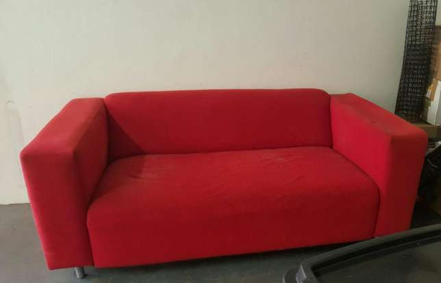 Used Red Couch - Perfect for refurbishment project Garsfontein - image 1