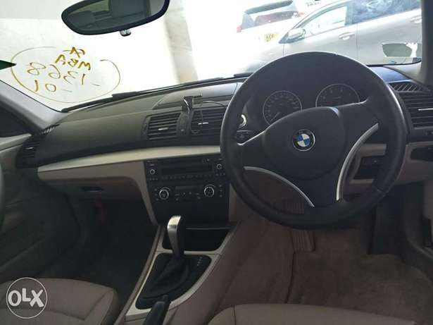 BMW 116i with leather seats Mombasa Island - image 6