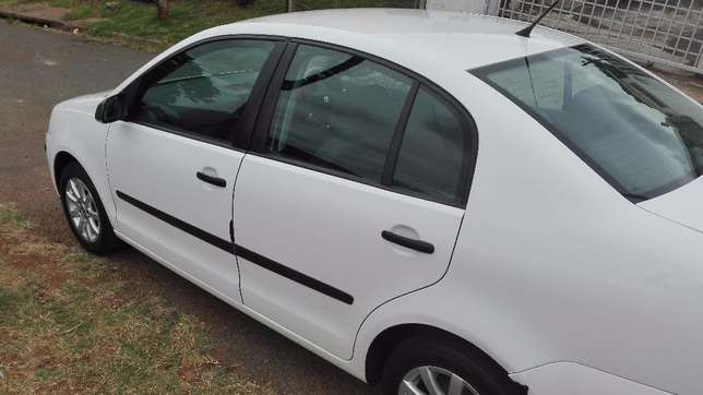 VW POLO For Sale, A must be seen Newlands Heights - image 4