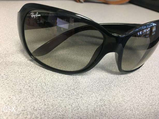 rayban 4118 original sunglasses made in italy v good condition