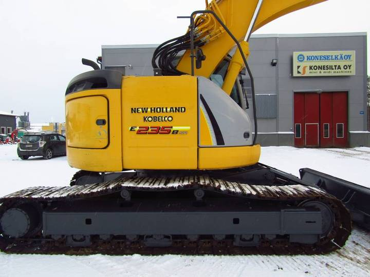 New Holland Myyty! Sold! E235bsrlc Proboengcon - 2010 - image 6