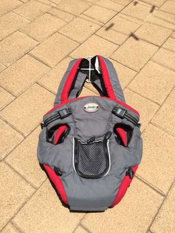 Jeep 2-in-1 Baby Carrier Mabalia - image 1