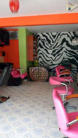 Salon for sale Fedha - image 3