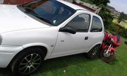 Hi I'm nhlanhla this is a good condition car m selling