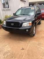2006 Toyota Highlander located in durumi abuja