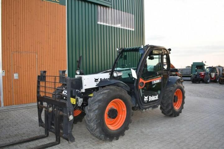 Bobcat TL358 - 2016