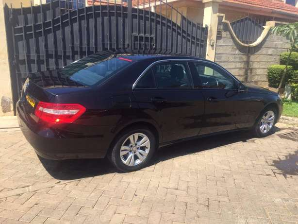 2010 Mercedes E220 CDI Diesel. Reduced price from 3.3M!! Langata - image 1