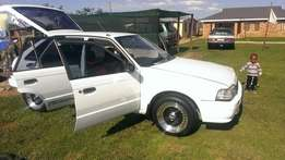 White Ford tracer 1.3 for sale