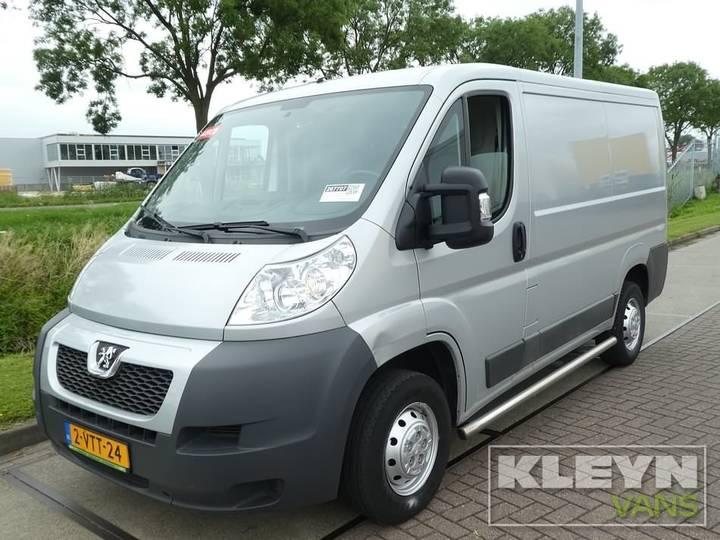 Peugeot BOXER 330 2.2 HDI l1h1 airco 110pk - 2012