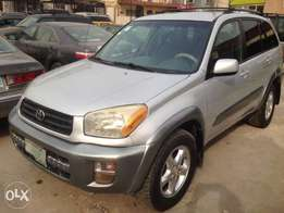 Registered Toyota Rav4 2004model