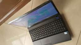 Samsung laptop, 320gb hdd, 2gb ram, 2.0ghz, 17000ksh