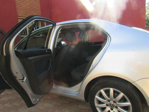 Jetta 5 in good condition at Mahikeng North West Johannesburg CBD - image 4