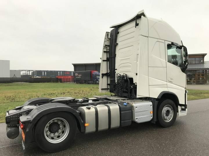 Volvo FH 500 Globe XL / Leasing - 2016 - image 4