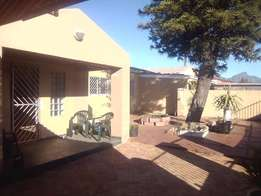 Large 3 bedroomed house for Rent