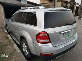 Benz GL550 (Xtremely Sharp)