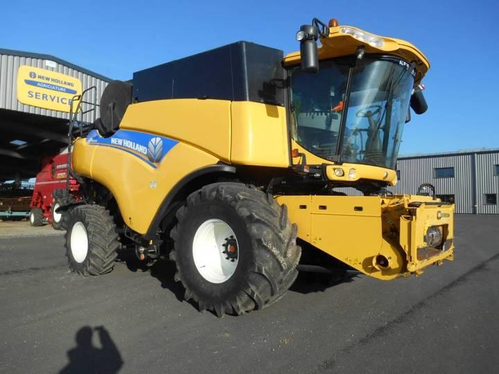 New Holland Cr8070 - 2012