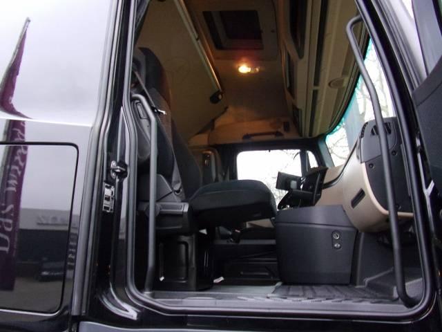 Mercedes-Benz Actros 1845LS SZM, Retarder, Assitent, Stream - 2015 - image 6