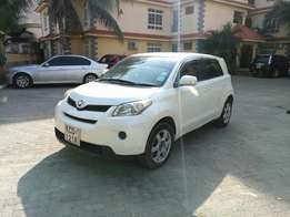 Toyota ist new shape quick sale