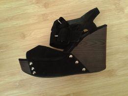 4da968f239b0e2 Босоніжки На Танкетці - Жіноче взуття в Львів - OLX.ua
