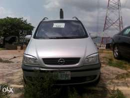 Barely Used Opel Zafira 2002 Model At Give Away Price
