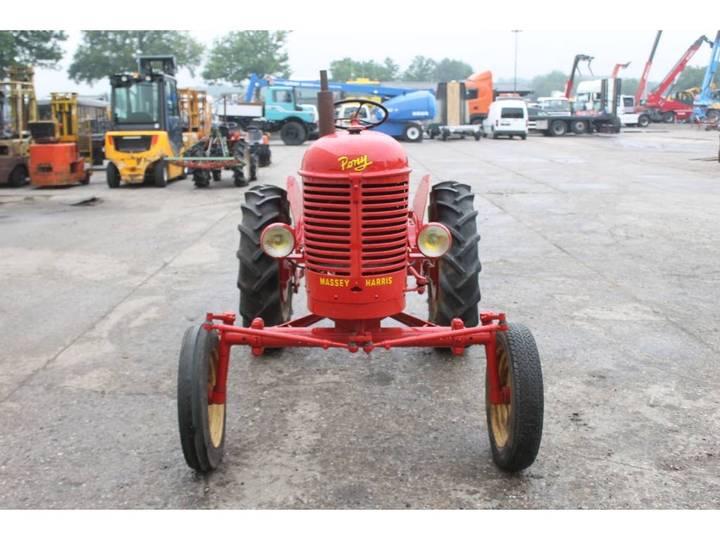 Massey Harris  Pony Benzine Tractor - 1955 - image 8