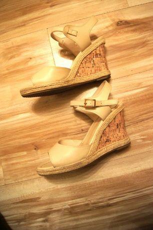 4bdfb11e 39 CCC biale buty na koturnie kremowe koturny sandaly wysokie korkowe Łódź  - image 1