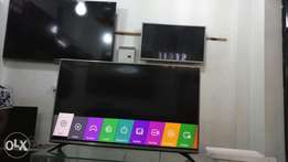 Brand new boxed 49/50 inches led Digital and satellite flat screen