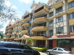 Apt 3bd master ensuite dsq pool gym to let in kilimani Near Yaya area