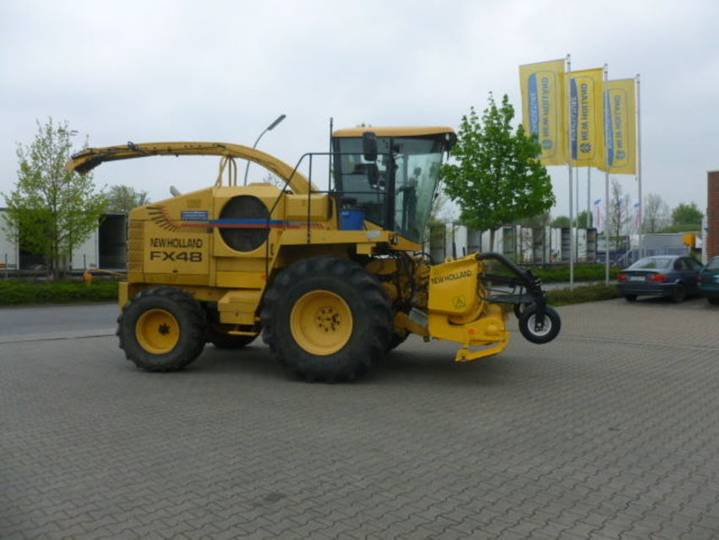 New Holland fx 48 grass ausrüstung - 2000