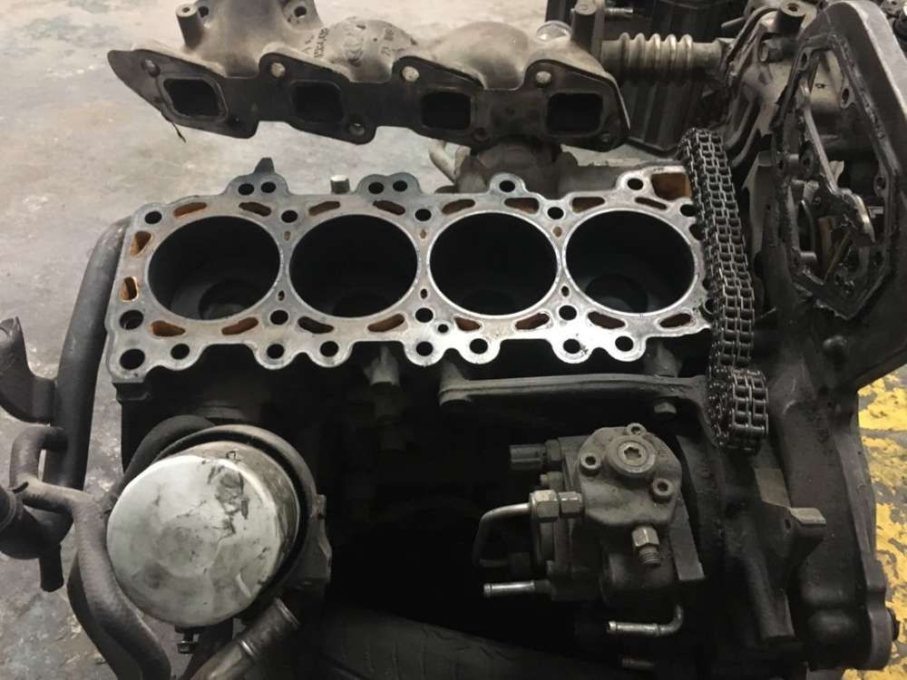 Nissan Hardbody Engines - Car Parts & Accessories for sale