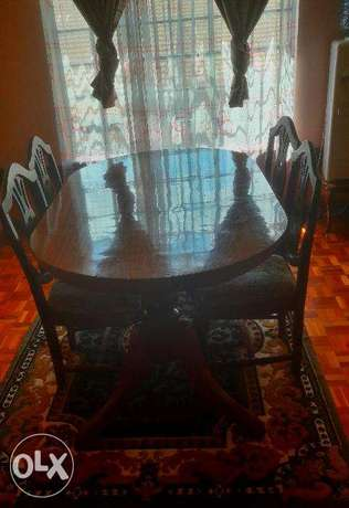 Stylish, luxurious and comfortable dining table for sale! Nairobi CBD - image 2