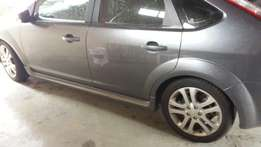 ford focus 2.0tdci RHS quater section