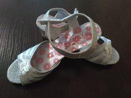 0fae0d80f Серебристые босоножки lilley sparkle для маленькой модницы, танцовщицы