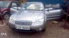 Subaru outback very clean in mint condition