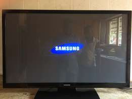 It's a HD LED 42inch Samsung Tv for R4500