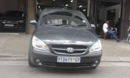 Hyundai getz 1.6 grey in color 2007 model 98000km R65000 for sale