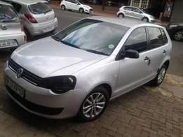 2012 polo vivo 1.6 trendline E/W silver colour available for sale