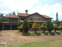 5 bedrooms house on 3 acres land