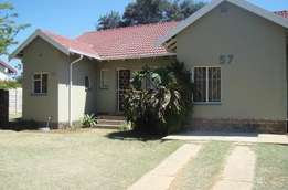 5 bedroom house, fully furnished to rent. Perfect for contractors.