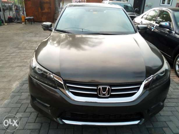 Honda accord,first body,tolks,Lagos cleared,buy and drive, 2015 model. Lagos - image 6