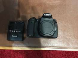 USED Canon 70D body with tamron 70-300 DI VC