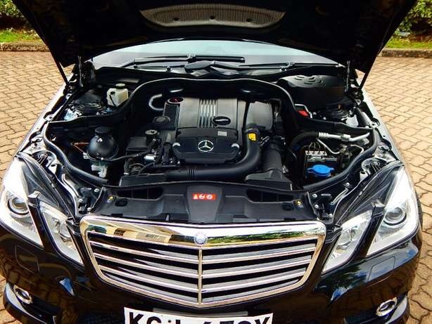 Superb Mercedes Benz E250 CGI BE Lavington - image 8