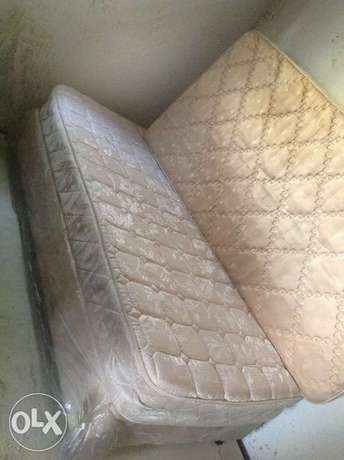 Bed single R400 in good condition Sandton - image 1