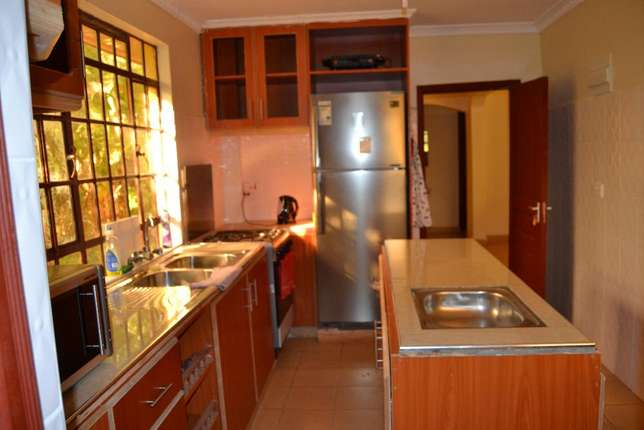 Superb modern 4 bedroom Furnished Maisonette to let 3 kms from Ruaka Ruaka - image 3