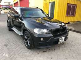 BMW X5 2008 petrol fully-loaded with sunroof and rare camera