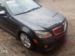 Lagos cleared Mercedes Benz c300 4matic 2009 Navigation