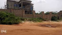 A Nicely built Uncompleted 5bedrooms duplex,at Ewabogun,Benin-City.
