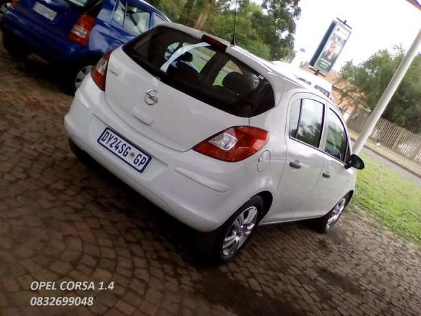 Opel Corsa 1.4 manual Vereeniging - image 1